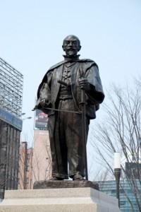 大分のシンボル大友宗麟公の銅像